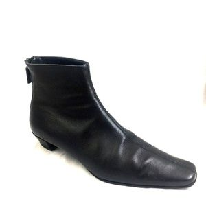 Gucci Black Bootie Ankle Boot Smooth Leather 8.5 B